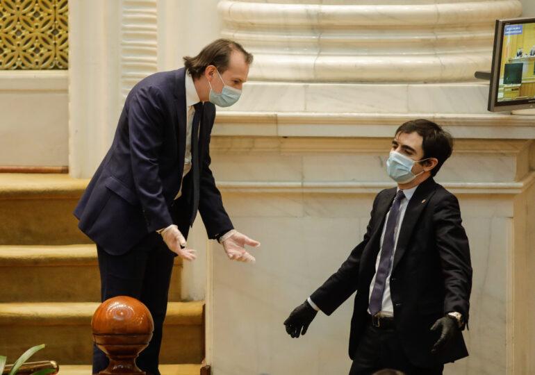 Certificat de vaccinare pentru vacanțe în Grecia și Israel? Ministrul Năsui vrea acorduri bilaterale, premierul Cîțu spune că în niciun caz acum