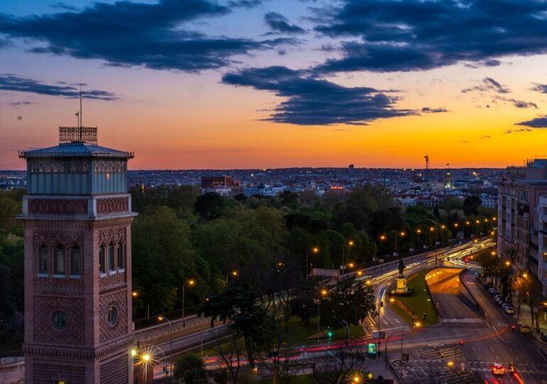 Madridul transformă o catastrofă într-un motiv de speranță: Clonează copacii