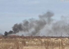 Poluare periculoasă în București. Inspectorii de mediu spun că fac controale și dau amenzi, dar în sudul Capitalei gunoaiele ard zi și noapte