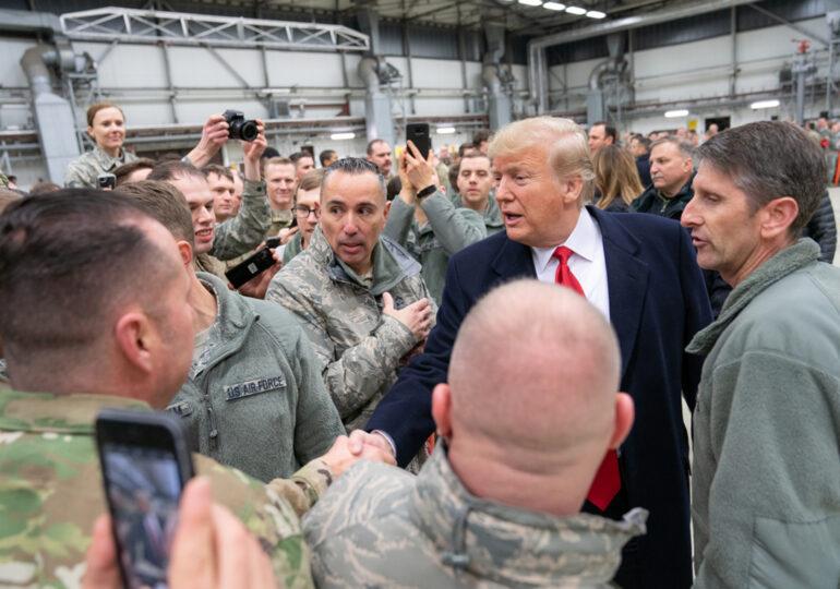 Joe Biden a suspendat decizia lui Trump de reducere a trupelor SUA din Germania