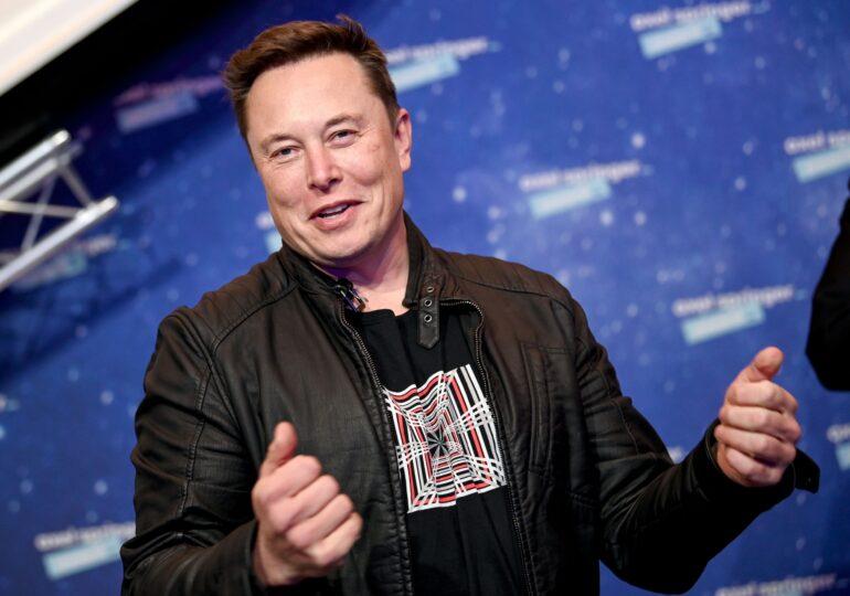 Elon Musk îl provoacă pe Putin la o discuție pe Clubhouse