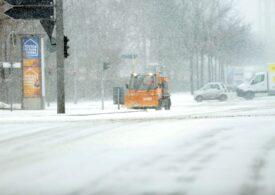 Căderile masive de zăpadă întârzie livrările de vaccinuri antiCovid în Germania