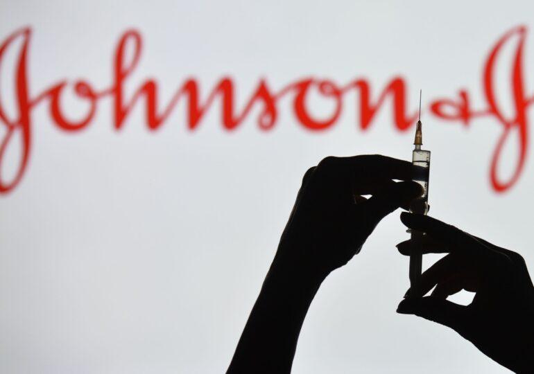 Vaccinul Johnson & Johnson într-o singură doză este eficient împotriva formelor grave de COVID - Analiză FDA