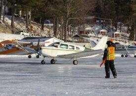 Temperaturi extreme în SUA: Un lac înghețat a fost transformat în pistă de aterizare (Video)