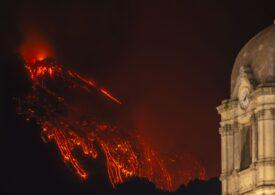 Vulcanul Etna se dezlănțuie: Exploziile de lavă au atins 1.500 de metri înălțime. Cum se explică fenomenul (Foto & Video)