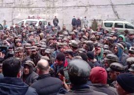 Minerii din Valea Jiului continuă protestele. Mii de apartamente din Deva și instituții publice au rămas fără căldură (Video)