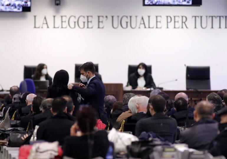 """<span style=""""color:#ff0000;font-size:100%;"""">EXCLUSIV</span> Interviu cu un magistrat italian care judecă mafioți: """"Este normal să-mi fie teamă, dar mai mult decât de orice altceva unui judecător îi este teamă să nu greșească"""""""