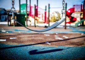 Tulcea: Un bărbat şi-a dat dispărut copilul aflat la joacă și a fost sancţionat