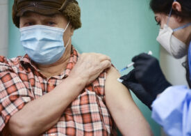 Valeriu Gheorghiţă: înscrierile la vaccinarea cu Pfizer, pentru cei de peste 65 de ani, reluate la începutul lui martie