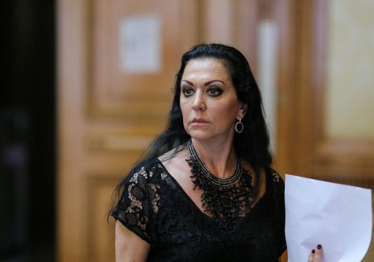 Beatrice Rancea, director la Opera din Iaşi, a fost pusă sub control judiciar