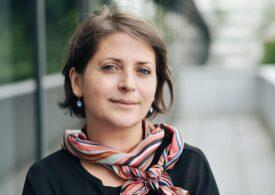 Femeile care lucrează resimt presiune mai mare, în contextul creșterii responsabilităților casnice și a volumului de muncă - analiză Deloitte