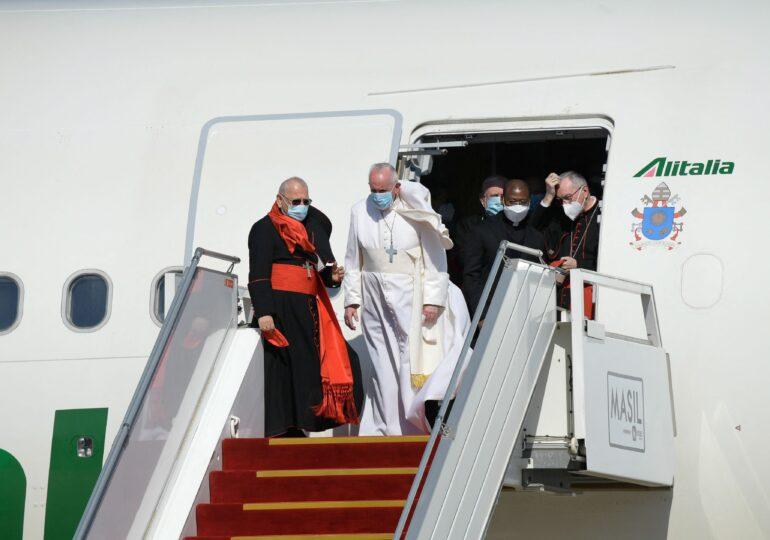 Papa Francisc, în prima vizită istorică a unui Suveran Pontif în Irak: Să tacă armele! Să edificăm justiţia, să creştem cinstea!