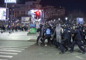 Zeci de percheziţii după violenţele din centrul Capitalei: 22 de suspecţi au fost duşi la audieri