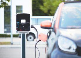 Vânzările de mașini electrice și hibride s-au dublat în ultimii doi ani în România. Topul celor mai populare modele
