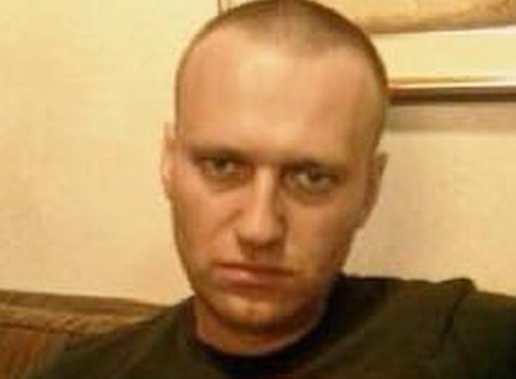 Navalnîi continuă greva foamei, deși are febră şi o tuse puternică