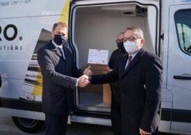 Franţa a donat 15.000 de vaccinuri Slovaciei, țara care a raportat cea mai mare rată de mortalitate asociată Covid-19