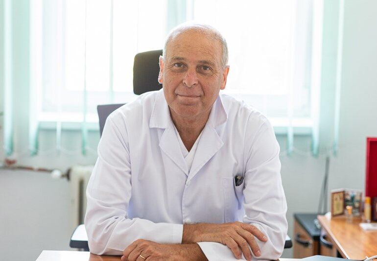 Medicul Virgil Musta: Pentru prima dată după o lungă perioadă de timp, am simțit că a început să scadă presiunea asupra sistemului de sănătate
