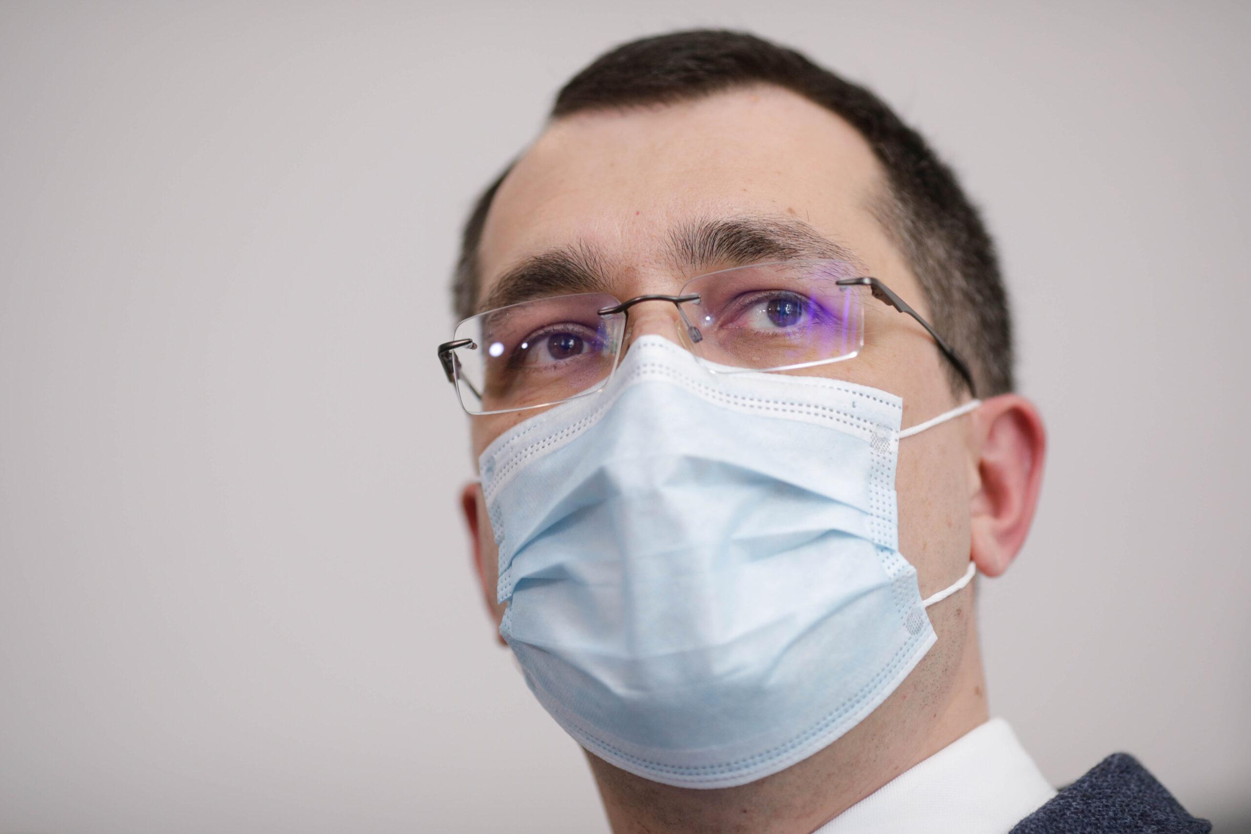 Doar 5 din 33 de candidați au promovat examenul pentru casele de asigurări de sănătate, anunță Voiculescu