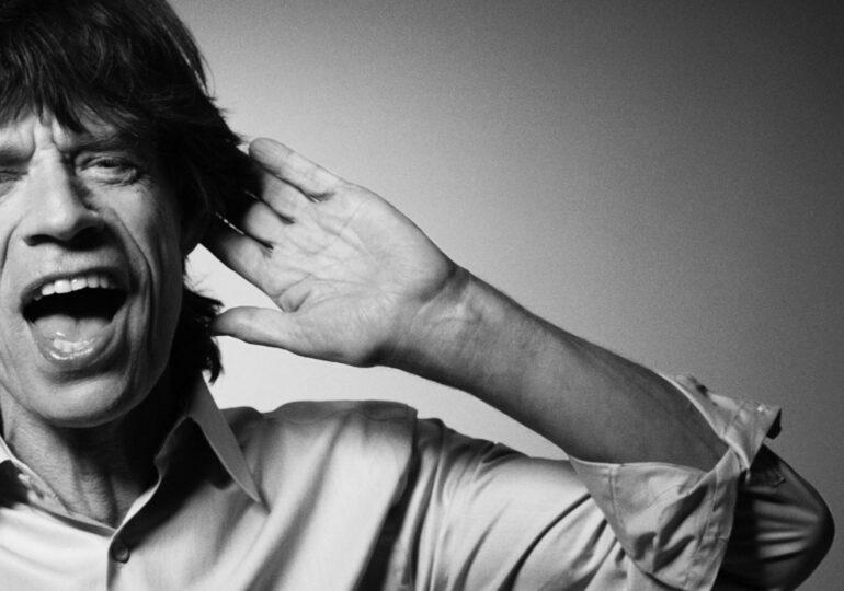 Mick Jagger și Dave Grohl au lansat un cântec despre pandemie, anti-vacciniști și conspirațiile COVID (Video)