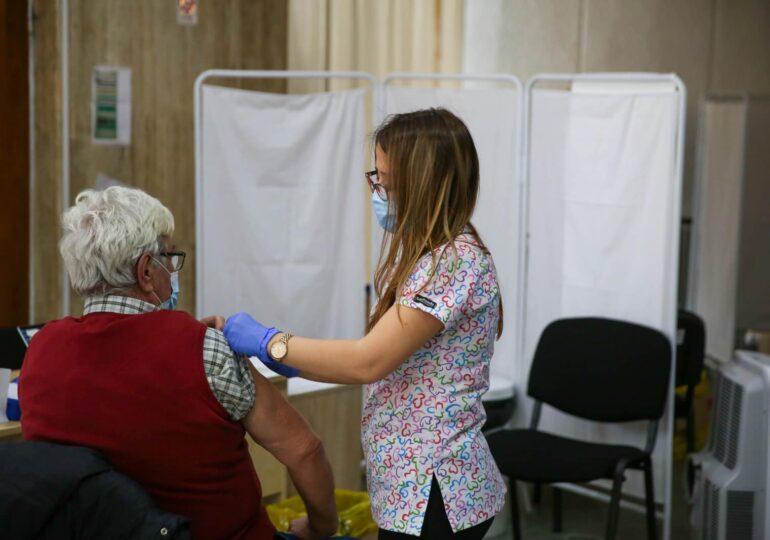 Peste 300 de cazuri rare de cheaguri de sânge s-au înregistrat la nivel mondial post-vaccinare