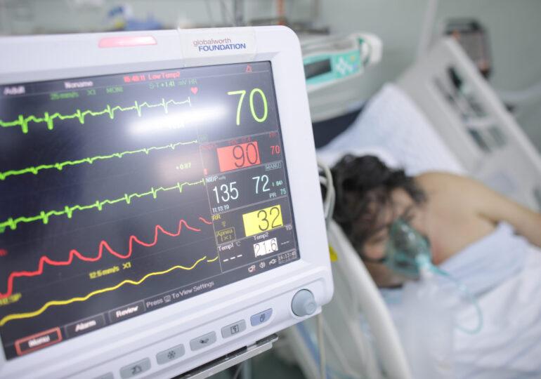 De azi, spitalizarea la clinicile private va fi suportată și de stat, și de pacient. Ce este contribuția personală și ce schimbări aduce