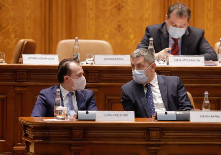 Liderii USR-PLUS vor cere luni demisia lui Cîțu. Printre numele vehiculate la Sănătate e și cel al Andreei Moldovan