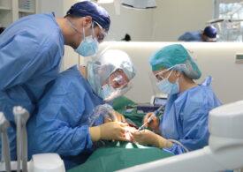 Tot ce trebuie să știi despre refacerea danturii cu ajutorul implanturilor dentare