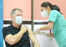 În primele zile din aprilie, un milion de doze ajung în România. Criza de vaccin se apropie de sfârșit, dar nemulțumirile rămân