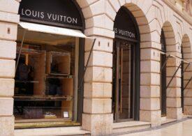 Louis Vuitton a transformat un magazin în librărie, ca să rămână deschis în carantină