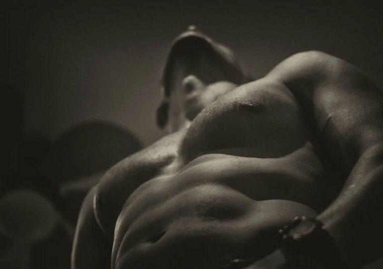 Un nivel mai mare de testosteron vine la pachet cu risc crescut de melanom, în cazul bărbaților. Și la femei aduce riscuri