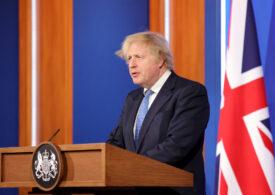 Marea Britanie relaxează câteva restricţii, dar încă nu permite reluarea călătoriilor internaţionale