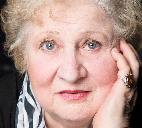 Nicușor Dan a numit-o iar pe Dorina Lazăr la conducerea Teatrului Odeon, după ce fusese demisă de Firea