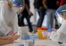 Dozarea anticorpilor după vaccinare e esențială, bine de făcut sau doar un moft? Dr. Adrian Marinescu răspunde la întrebările zilei