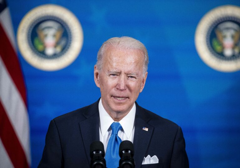 Biden: Îi voi spune clar lui Putin că nu vom sta cu braţele încrucişate în timp ce încalcă drepturile omului