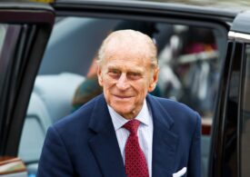 Sicriul prințului Philip va fi confecționat din lână. El va fi dus pe ultimul drum de un  Land Rover hibrid