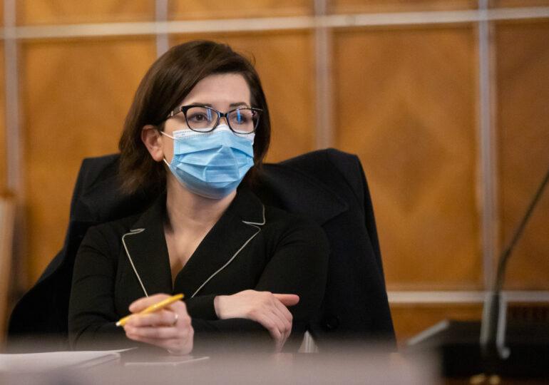 Cîțu spune că din cauza Ioanei Mihăilă România a pierdut  peste 4,7 milioane de lei de la Comisia Europeană