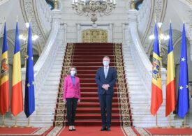 Klaus Iohannis s-a întâlnit cu Maia Sandu. Ce au discutat cei doi președinți