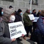 Miting la Timișoara: Fritz a ieșit în stradă, alături de medici și oameni de cultură (Video)