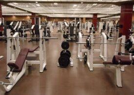 De la 1 iunie s-ar putea renunța la purtarea măştii în centrele de fitness şi la bazinele de înot