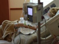 Noi reacții după evacuarea spitalului Foișor: Comparații cu Colectiv și cereri de demisie