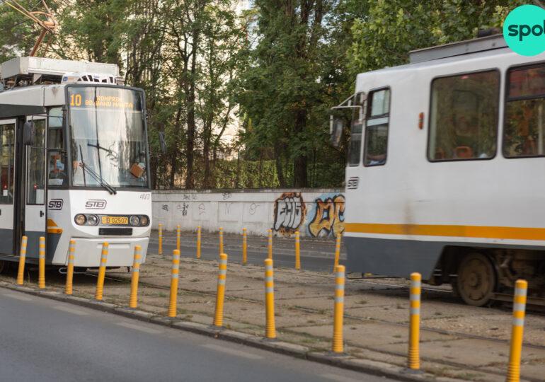 STB e obligată de instanţă să cumpere tramvaie de la firma lui Gruia Stoica, despre care Nicuşor Dan spune că nu sunt bune pentru Bucureşti.  Nici bani pentru ele nu există în buget