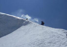 Alpinistul român Horia Colibăşanu şi doi camarazi au fost surprinşi de o avalanşă în Himalaya
