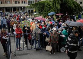 Peste 9.700 de persoane s-au vaccinat până acum la maratonul din Capitală. Cele mai multe la Sala Palatului