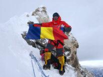 """<span style=""""color:#ff0000;font-size:100%;"""">Exclusiv</span> Mai mulți alpinişti din România sunt blocați în Nepal, unde epidemia face ravagii. Sute de șerpași și sportivi, infectaţi în Himalaya"""