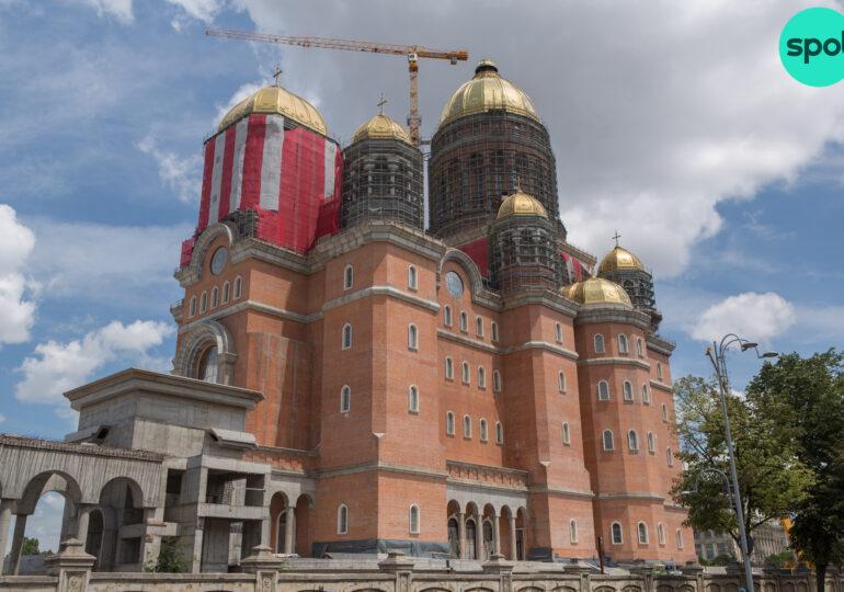 Un deputat USR lansează ideea ca un centru de vaccinare să fie deschis în Catedrala Neamului