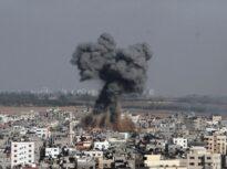 Bilanţul în Fâșia Gaza a ajuns la 103 morţi, din care 27 de copii. Israelul ar putea lansa o invazie