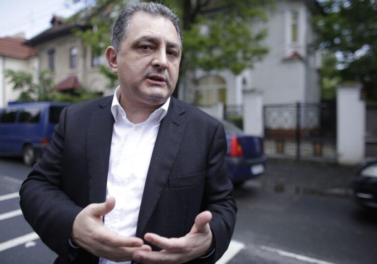 Marian Vanghelie a fost condamnat la 11 ani şi 8 luni închisoare. Are de dat peste 15 milioane de euro, iar Geoană își primește ceasurile de lux înapoi