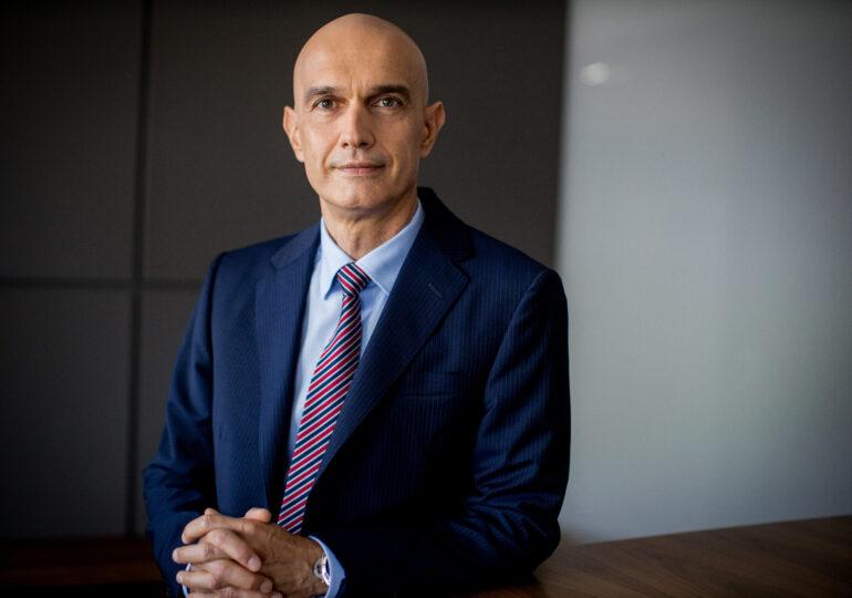 """""""Amânarea ratelor nu este o piedică pentru găsirea unor noi soluții pentru clienți, prin negociere""""- Interviu cu Vladimir Kalinov, vicepreședinte Raiffeisen Bank"""