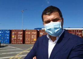 Şeful Gărzii de Mediu a prezentat LIVE pe Facebook ce a găsit într-un container cu deşeuri periculoase (Foto&Video)