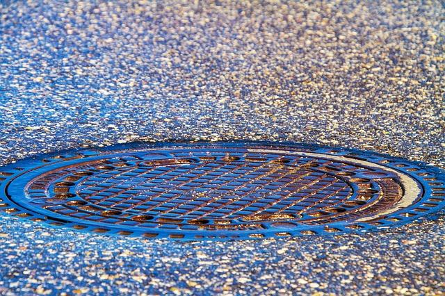 Comisia Europeană cere țărilor UE să analizeze apa din canalizări pentru a detecta coronavirusul